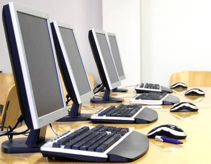 Multiple-computers Los sistemas y las tecnologías de la información