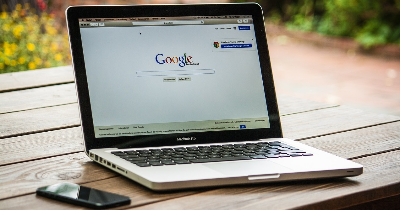 mac-459196_1280 ¿Cambiará de nombre Google?