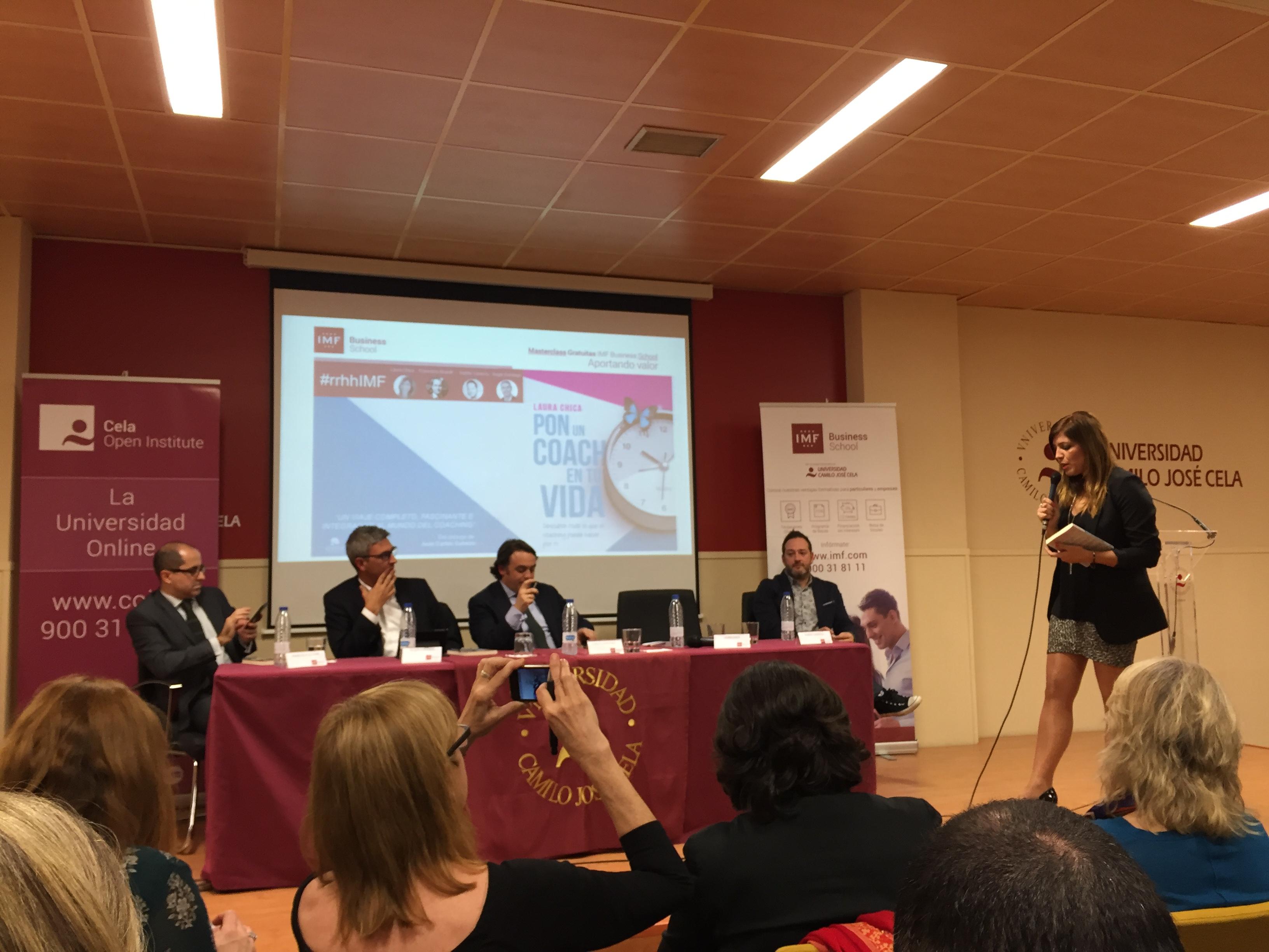 Laura Chica presenta su libro 'Pon un Coach en tu Vida' en IMF Business School
