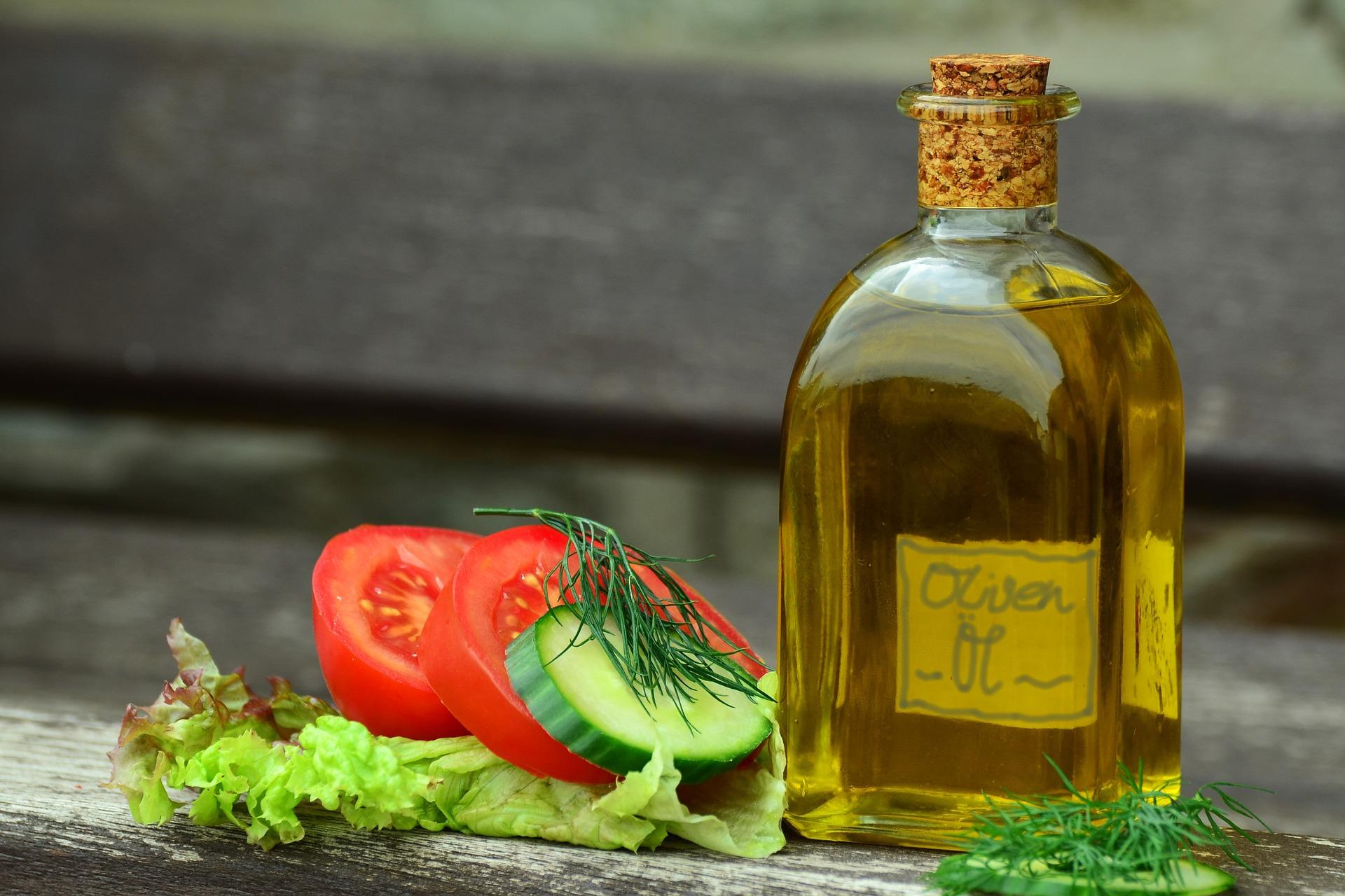 oil-822618_1920 5 alimentos para mejorar el rendimiento en Selectividad