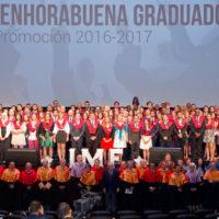 todos-alumnos-graduacion-imf-200x200 ¡Más de 500 invitados en la celebración de la Graduación y Premios IMF!
