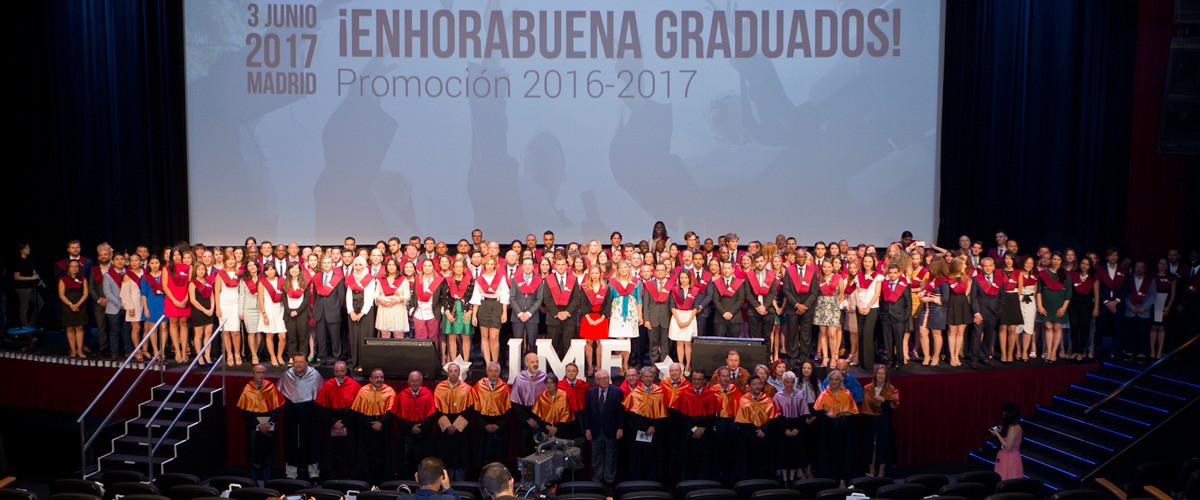 todos-alumnos-graduacion-imf ¡Más de 500 invitados en la celebración de la Graduación y Premios IMF!