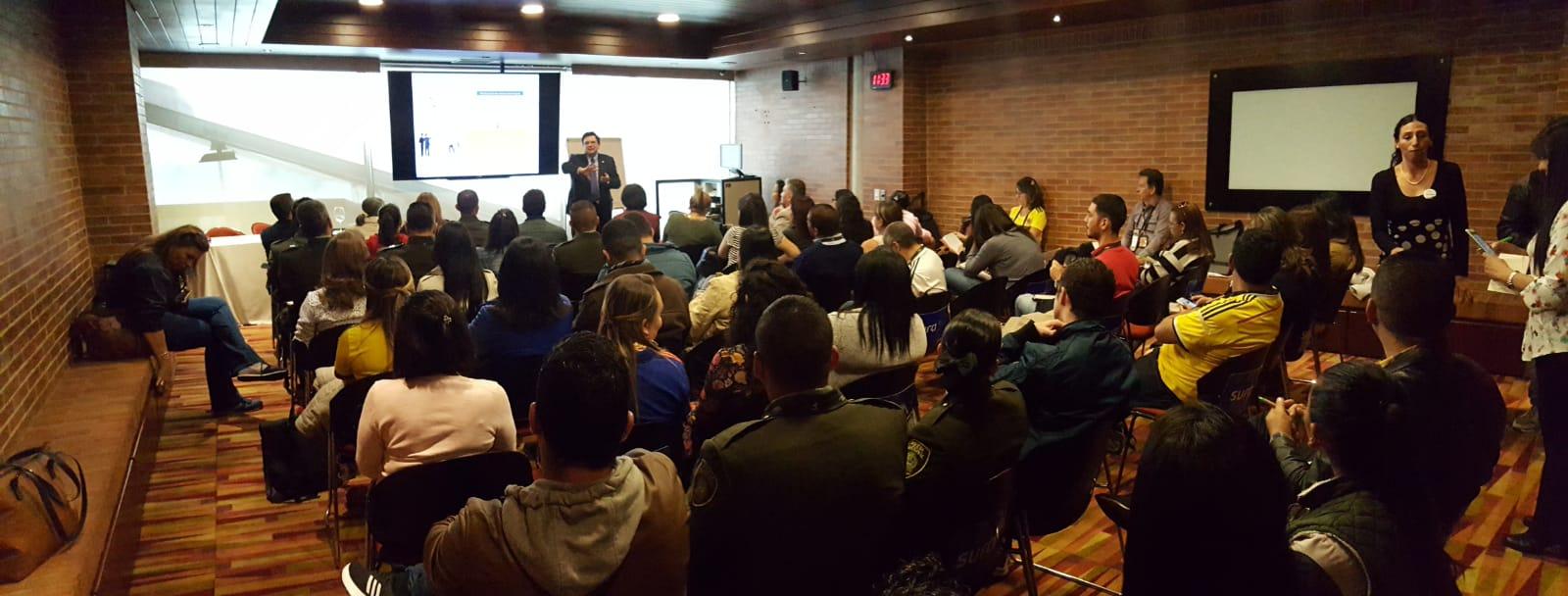 IMG-20180628-WA0049 IMF en el Congreso de Seguridad, Salud y Ambiente de Bogotá