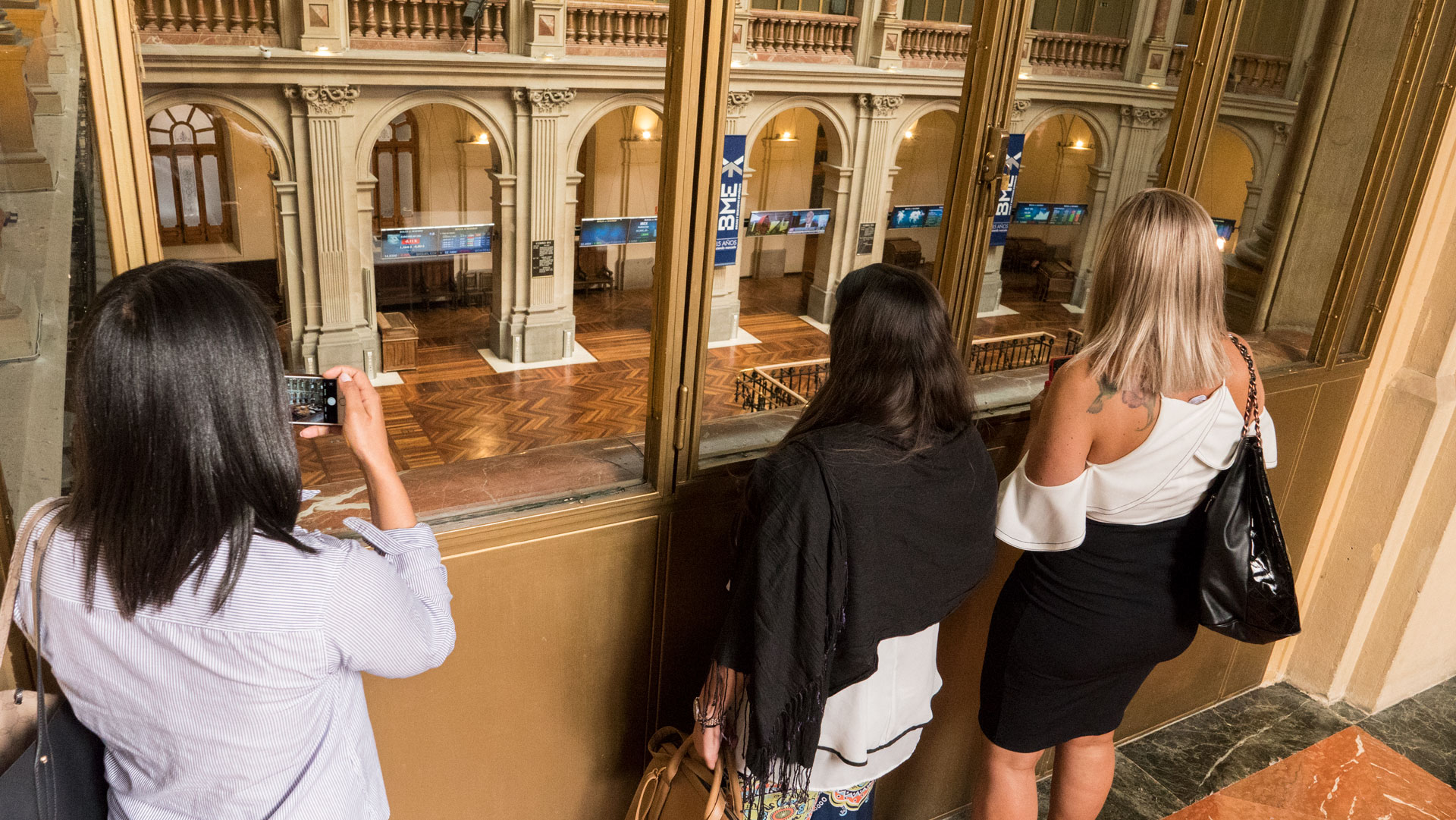 970x90-Guia-Linkedin Alumnos de IMF Business School han visitado La Bolsa de Madrid