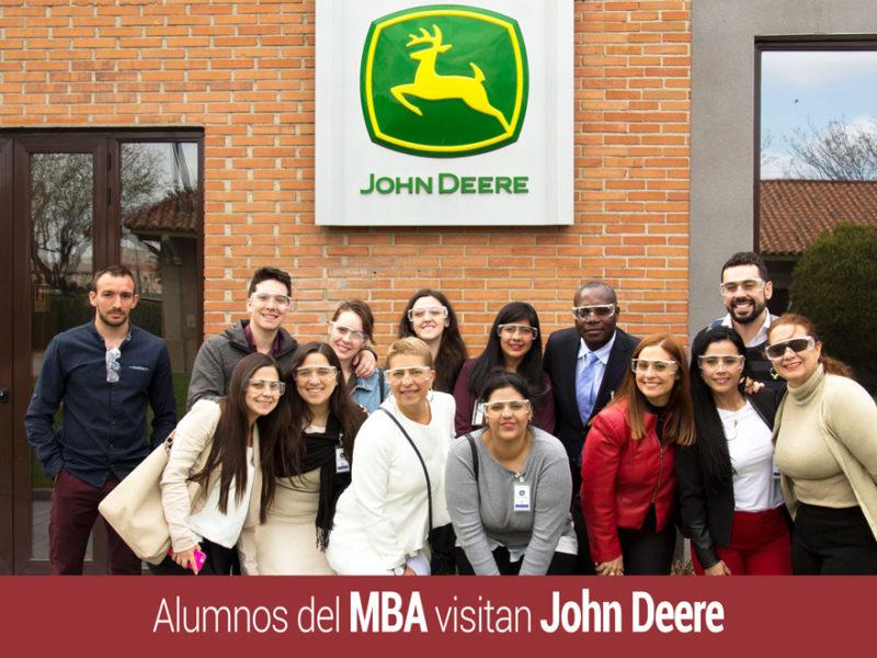alumnos-mba-visita-john-deere-800x600 John Deere abre las puertas de su fábrica a alumnos de IMF Business School