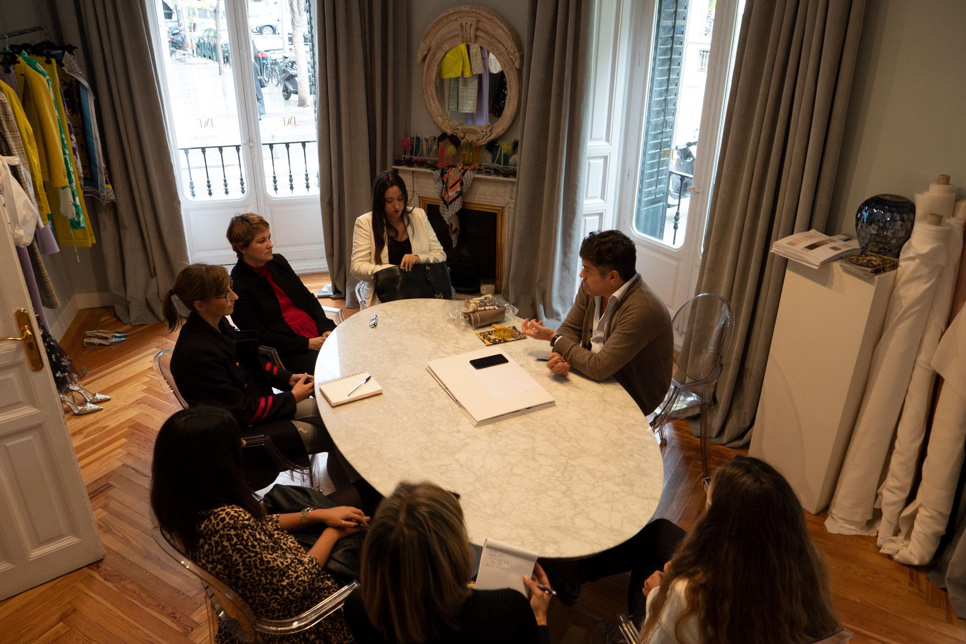 mba-336x280 Jorge Vázquez abre las puertas de su atelier a nuestros alumnos de MBA Moda