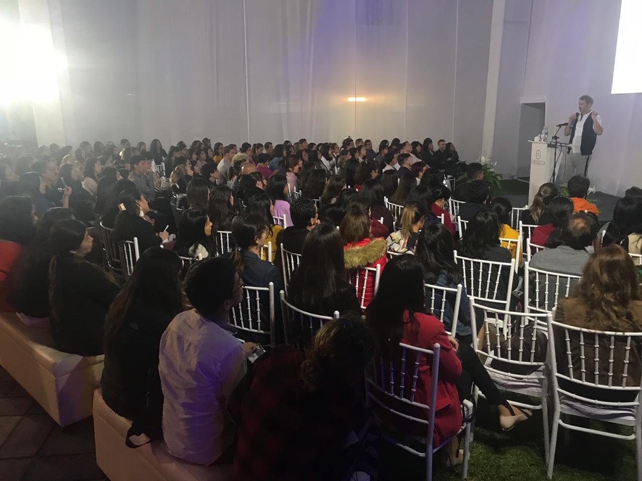 """IMG-20181107-WA0036 Ton Pernas: """"No dejemos morir las tradiciones culturales que enriquecen el sector de la moda"""""""