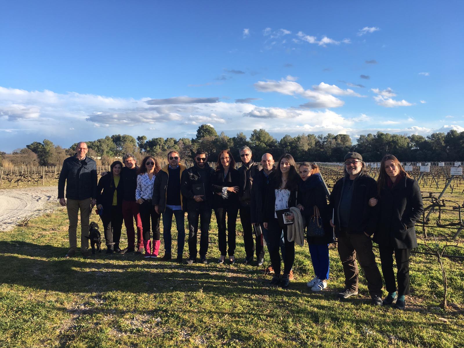 FAMILIA_TORRES-visita-MBA-Carlos-Delgado-3 Bodegas Torres recibe a alumnos de IMF para conocer el mundo del vino