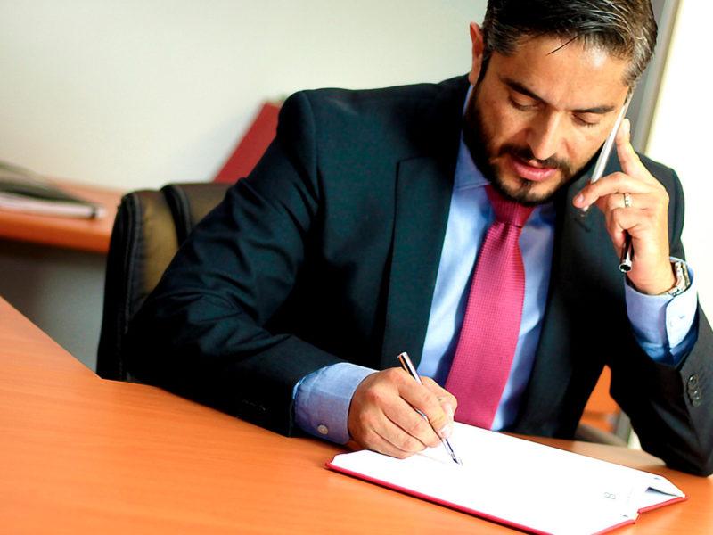 abogado-renunciar-acusado-800x600 ¿Puede un abogado renunciar a defender a un acusado?