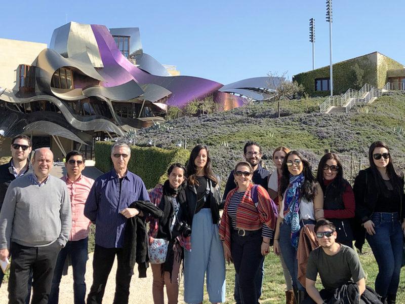 visita-marques-de-riscal-enologia-800x600 Alumnos del MBA Enología de IMF visitan la Bodega Marqués de Riscal
