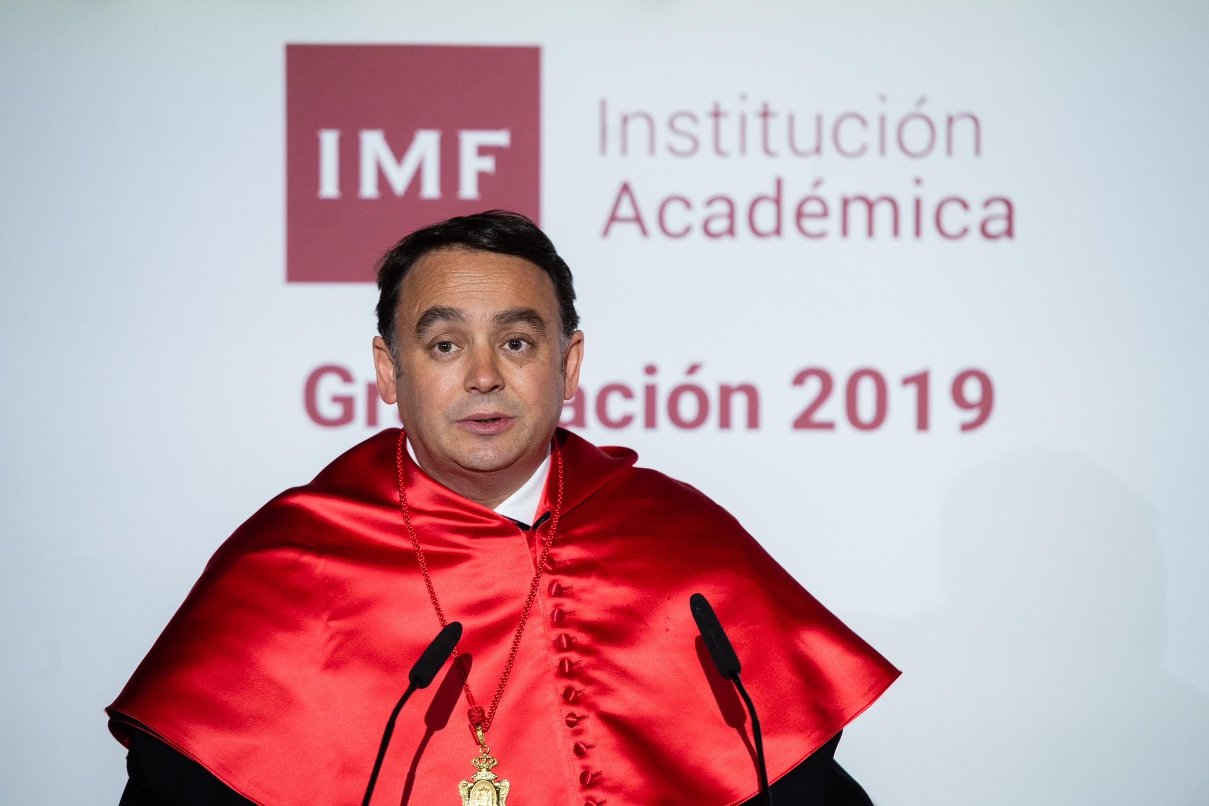 carlos-martinez-graduacion-imf-1 Las 10 mejores frases de Carlos Martínez en la Graduación IMF 2019