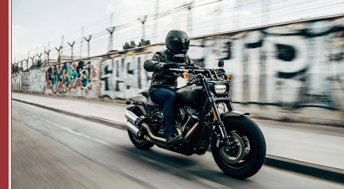 como-conducir-moto-seguro Cómo conducir una moto en la ciudad de manera segura