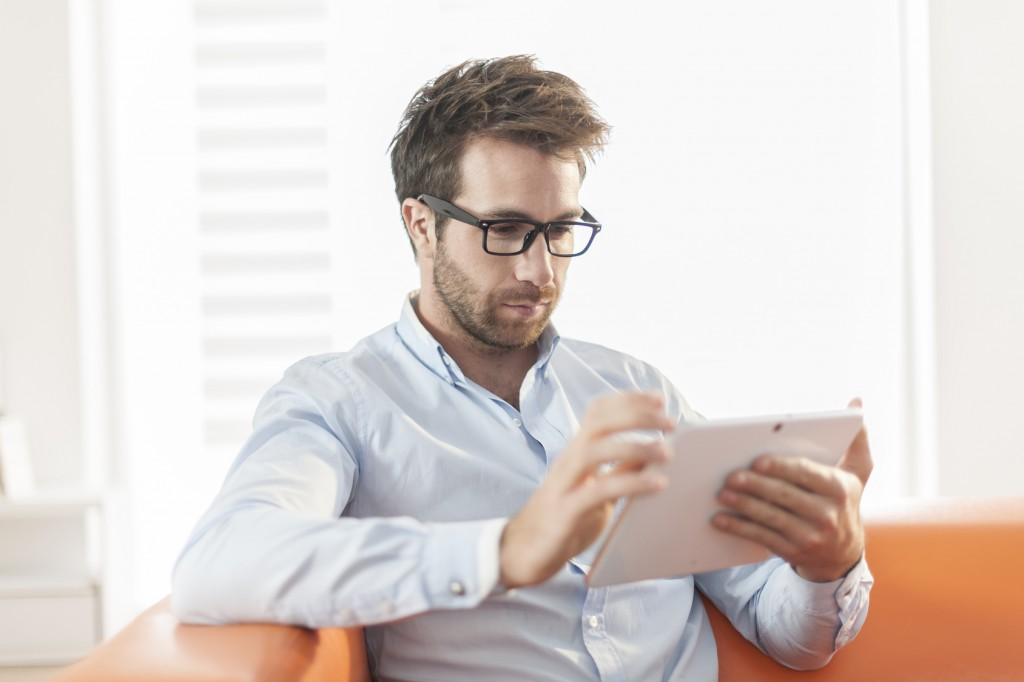 Chico_Tablet-1024x682 Marketing para PYMES