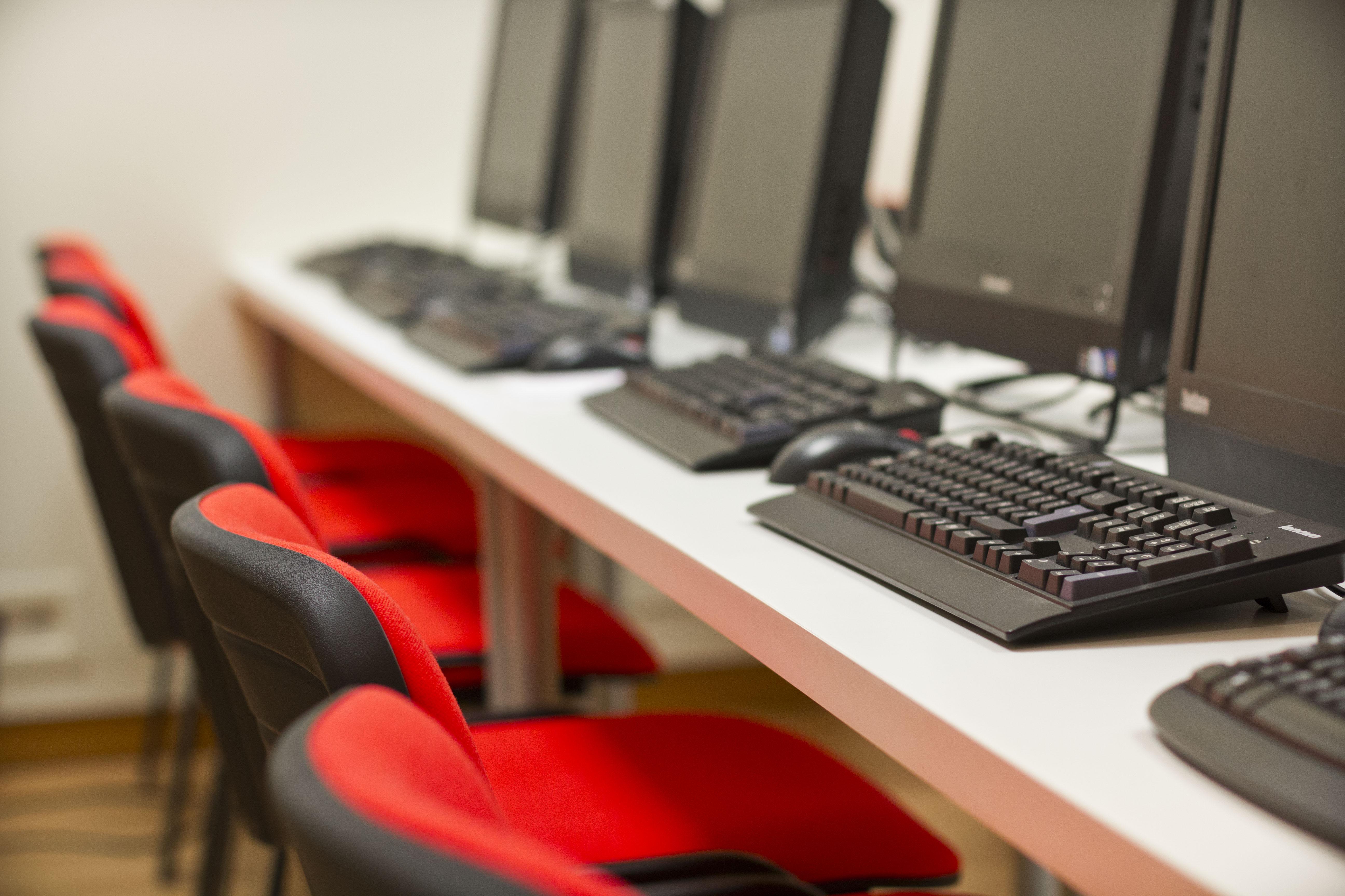 IMG_5978 Alquiler de Aulas en Centro de Estudios Profesionales