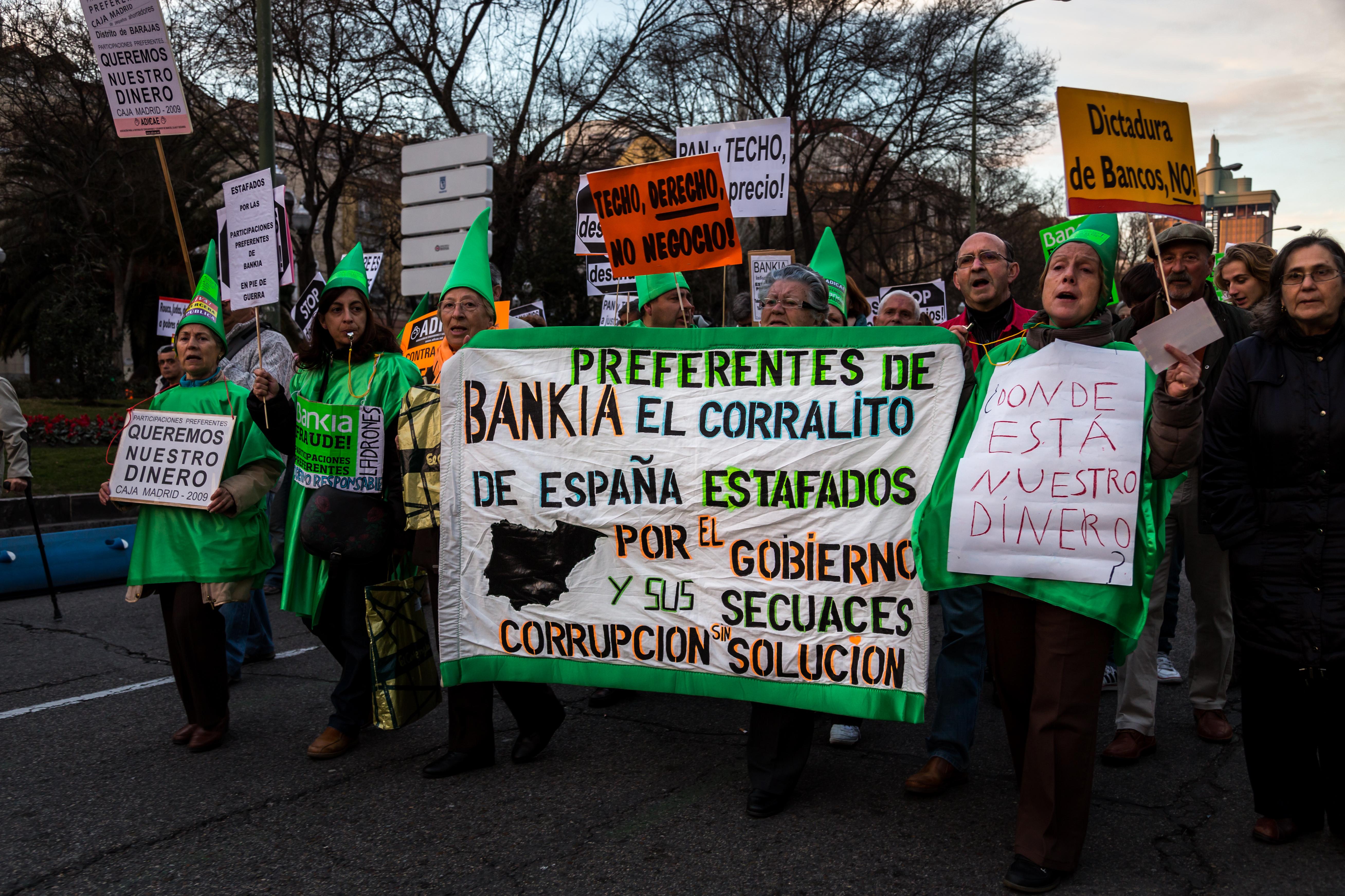 Madrid_-_Manifestación_antidesahucios_-_130216_184416 Bueno, bonito y barato: ¿utopía o realidad?