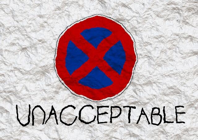 INACEPTABLE - totalmente prohibido - papel