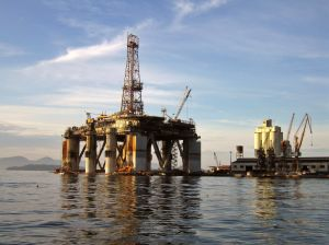 462560_platform_of_petroleum