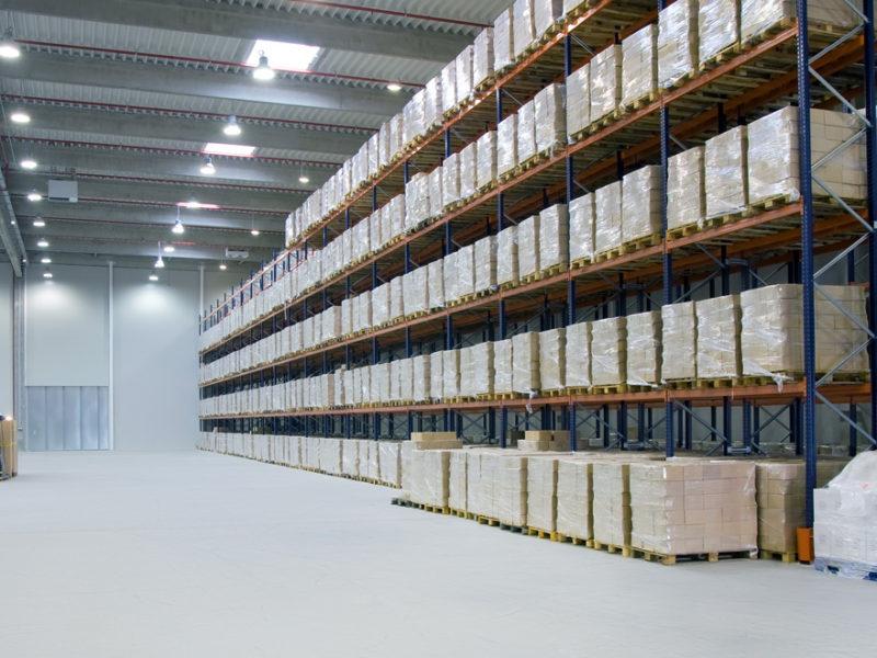 funciones de un almacen logistico