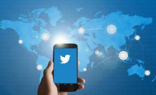 imagen de smartphone, twitter, tuits