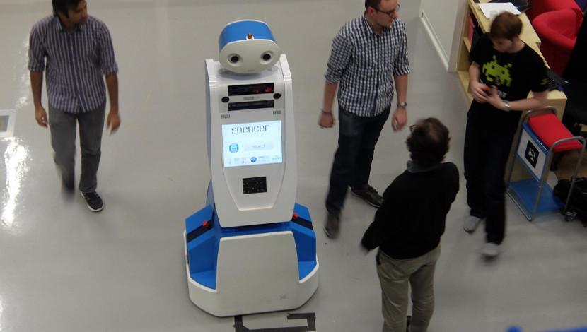 robot_spencer La imparable robotización del Turismo y el Ocio