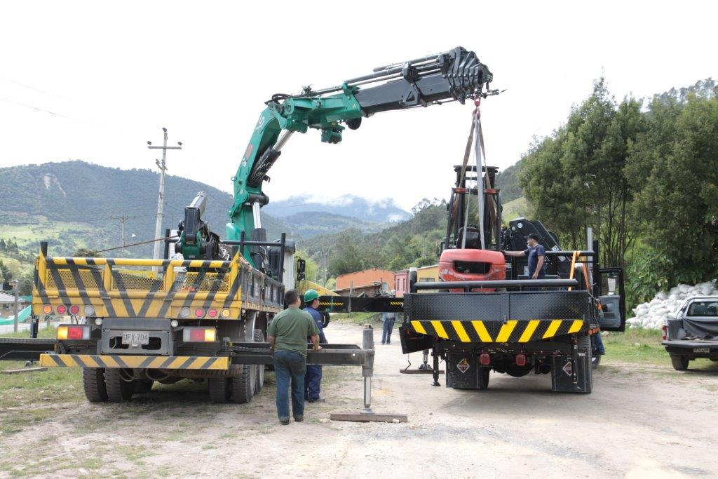 grua Plan Renove de maquinaria industrial en la CAM