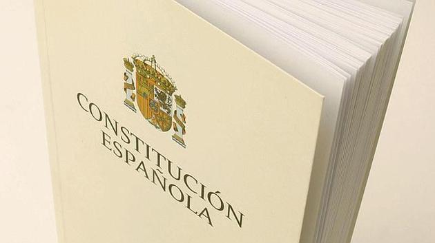 constitucion-espanola La prevención de riesgos laborales en la Constitución Española