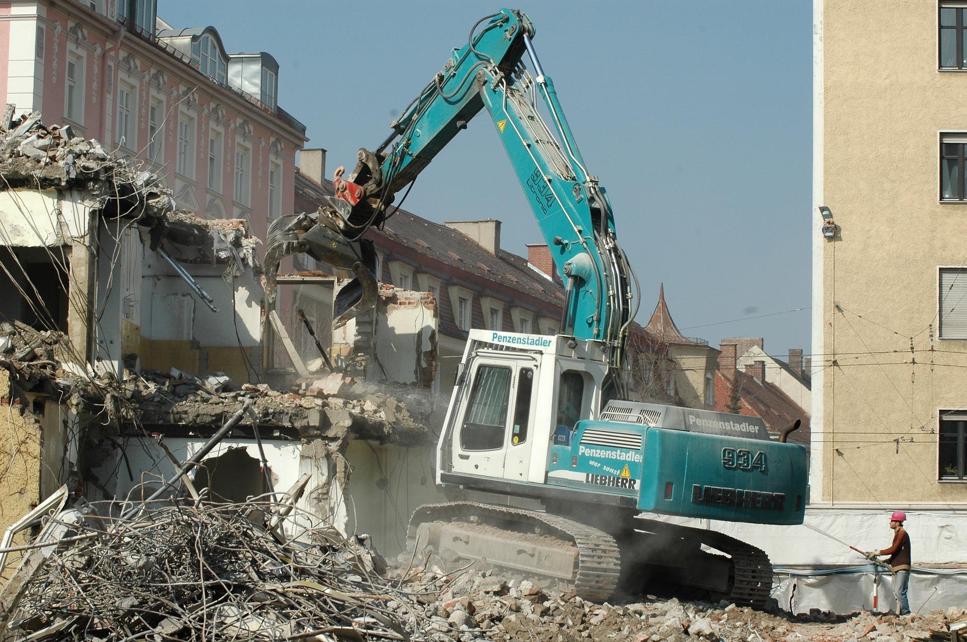 prevencion-demolicion-edificios ¿Cómo prevenir riesgos en la demolición de edificios?