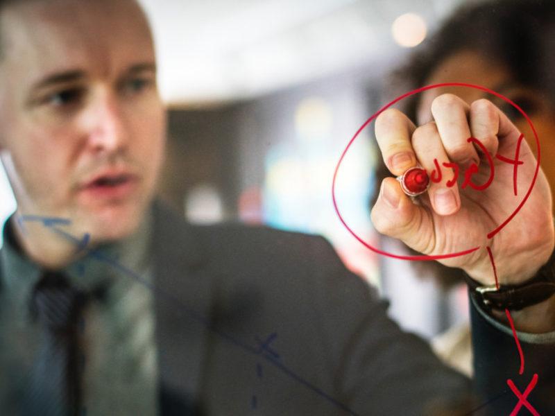 prevencionista-riesgo-800x600 ¿Qué hace un prevencionista de riesgos laborales?