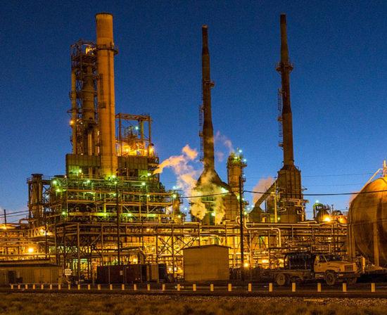 Prevencion-riesgos-laborales-industria-petroquímica-550x448 Inicio