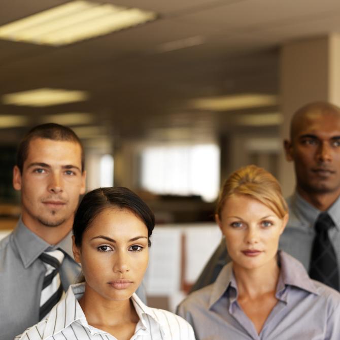 Presntacion-Recursos-Humanos_670 Mejorar el clima laboral clave para el éxito empresarial