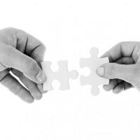 connect-20333_640-1-200x200 Brecha entre directivos y empleados
