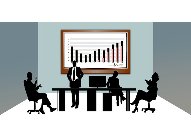 cooperate-437511_640 ¿Qué servicios debemos externalizar?