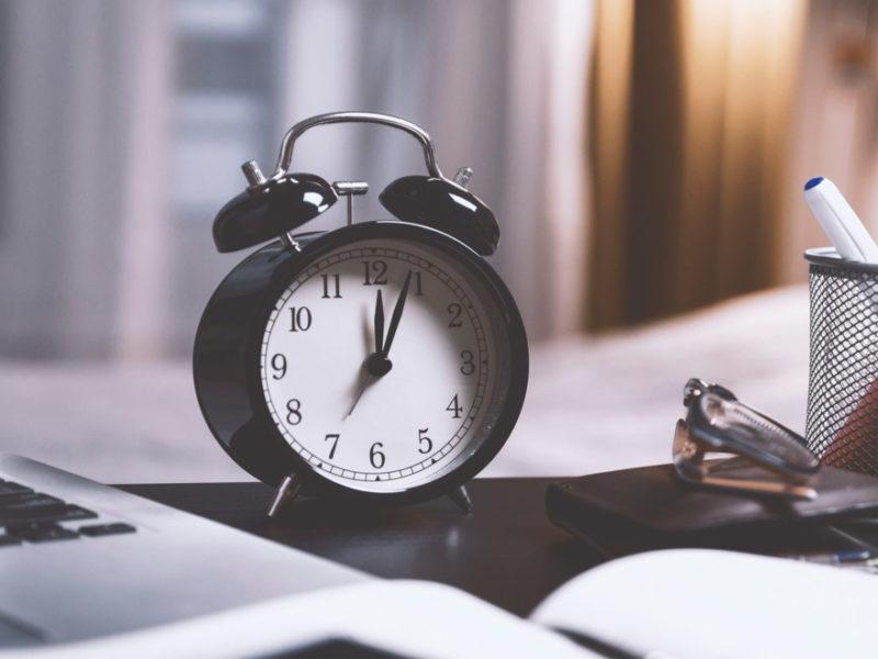 control-horario-organizaciones-solucion-800x600 Control horario en las organizaciones ¿es la solución?