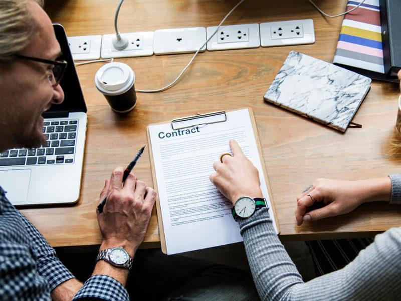 contrato-por-obra-servicio-800x600 El contrato por obra y servicio: definición y tiempo de duración