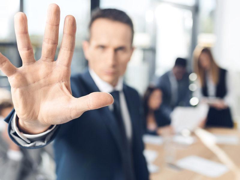gestionar-rechazo-entrevista-800x600 10 Consejos para gestionar el rechazo en una entrevista