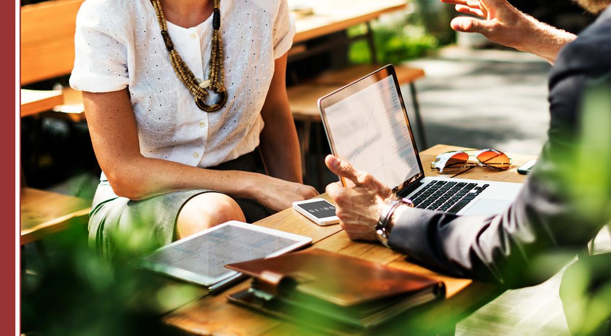 claves-fidelizar-empleados-1 Guía de LinkedIn para facilitar la tarea a reclutadores