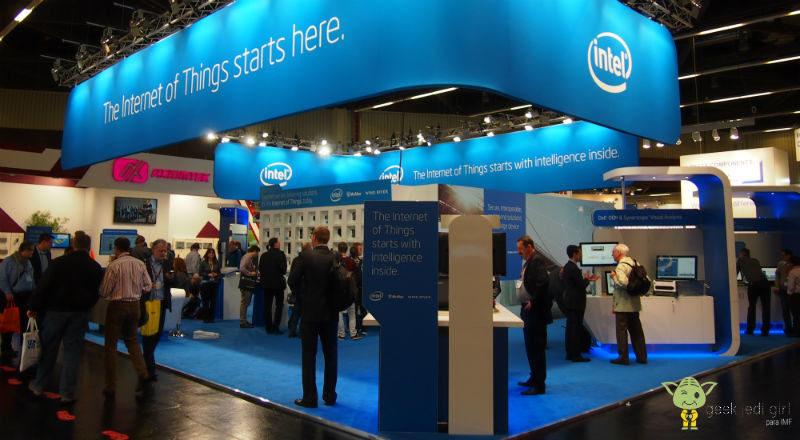 intel-800x440 Intel cumple 50 años: un repaso por sus grandes hitos