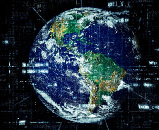 big-data-ciberseguridad-mano-550x448 Inicio